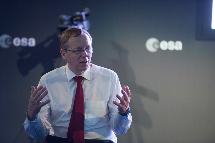 Jan Wörner during the 'Space 4.0ur future: up and start' discussion