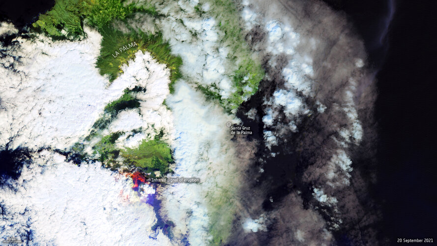 The Copernicus Sentinel-2 mission shows us a cloudy view of the Cumbre Vieja volcano on the Spanish Canary Island of La Palma.